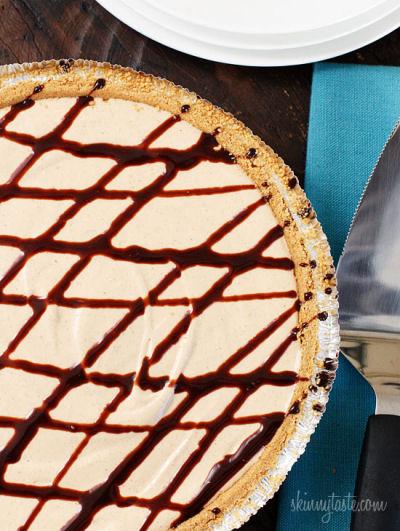 Skinny No-Bake Peanut Butter Pie - from skinnytaste.com