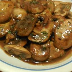 Mushrooms and Garlic in Red wine Teriyaki Sauce