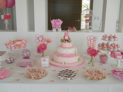 use heights on a dessert table