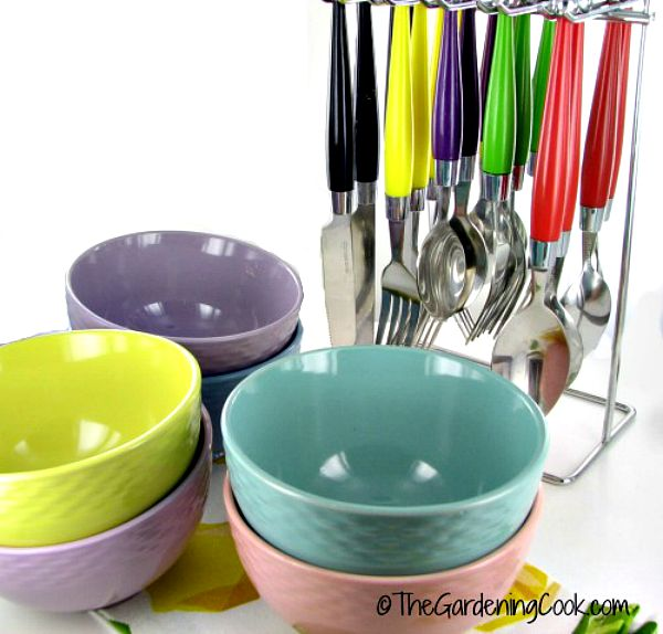 pastel bowls and matching spoons
