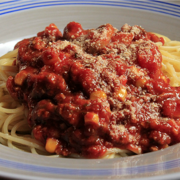 Home made marinara sauce with fresh roasted tomatoes from thegardeningcook.com