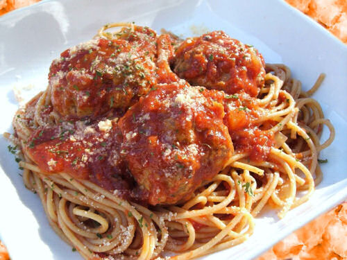 Spaghetti and meat balls from thegardningcook.com