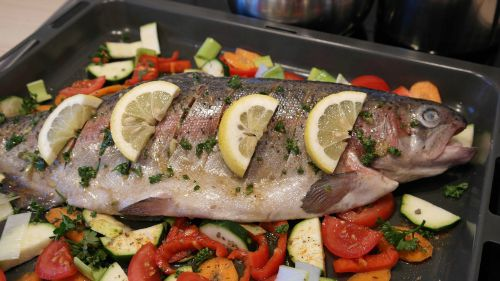 vegetables and citrus go well with fish