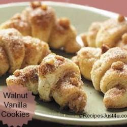 Walnut Cinnamon Crescent Roll Cookies