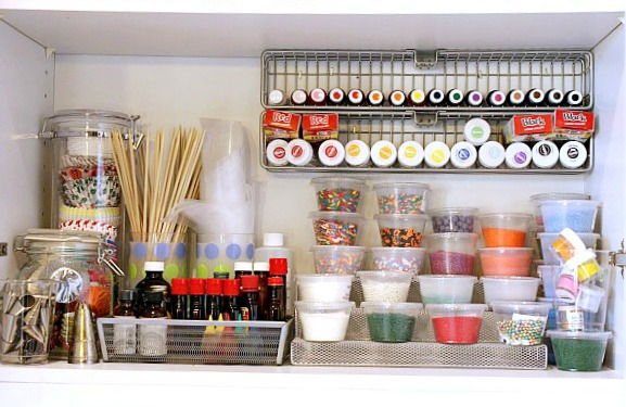Organized kitchen cabinet from Tidy Mom