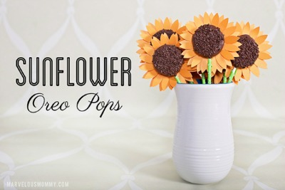 Sunflower Oreo Pops from aladyincandiland.com