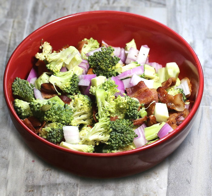 bacon and broccoli salad ingredients