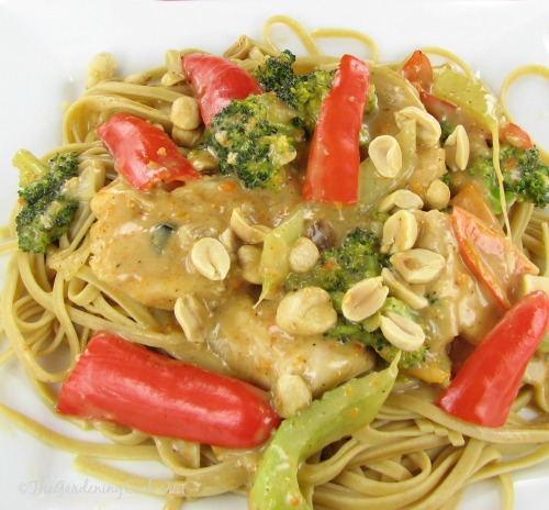 Thai peanut chicken from thegardeningcook.com