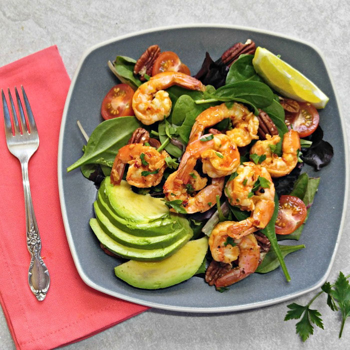 Spice garlic parsley shrimp salad