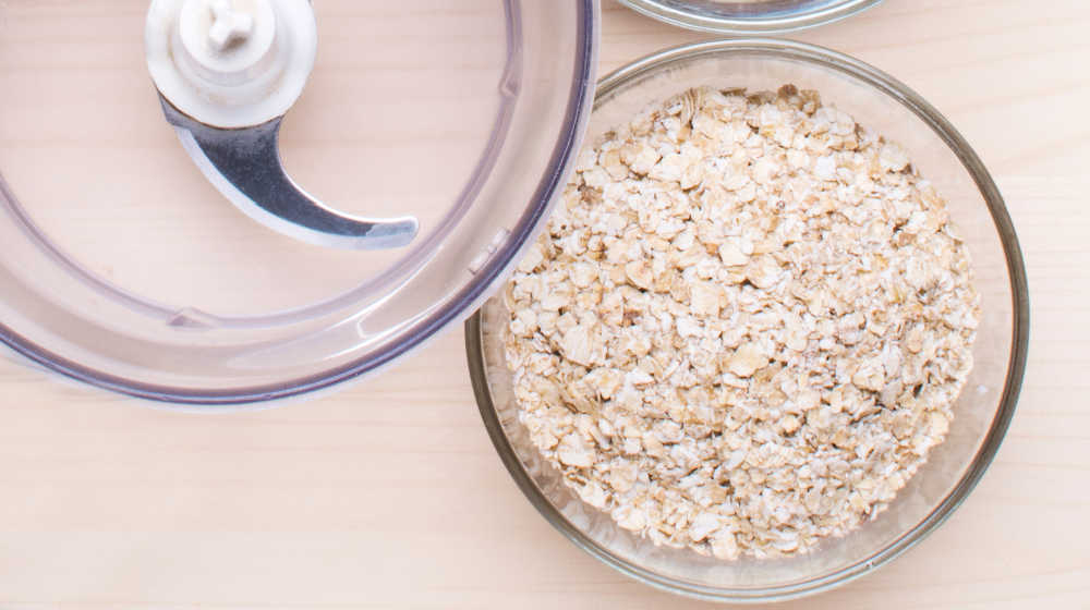 Rolled oats and a food processsor.