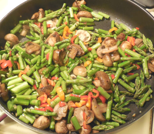 Mushrooms, asparagus and red pepper