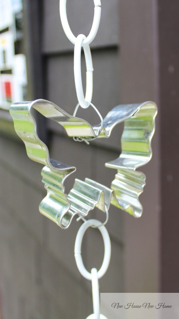Cookie cutter rain chains