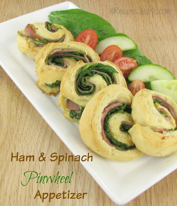 Ham and spinach pinwheel appetizer. Perfect for a party or a lunch with a salad. So easy to make!