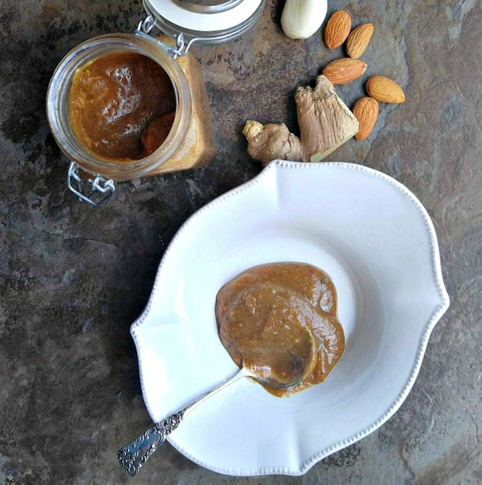 Spicy almond butter dressing