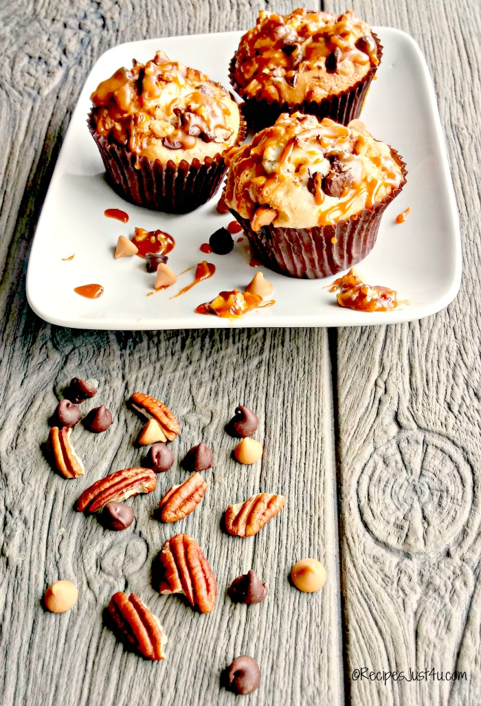 These chocolate caramel muffins have a butterscotch pecan glaze on the top that is to die for.  recipesjust4u.com