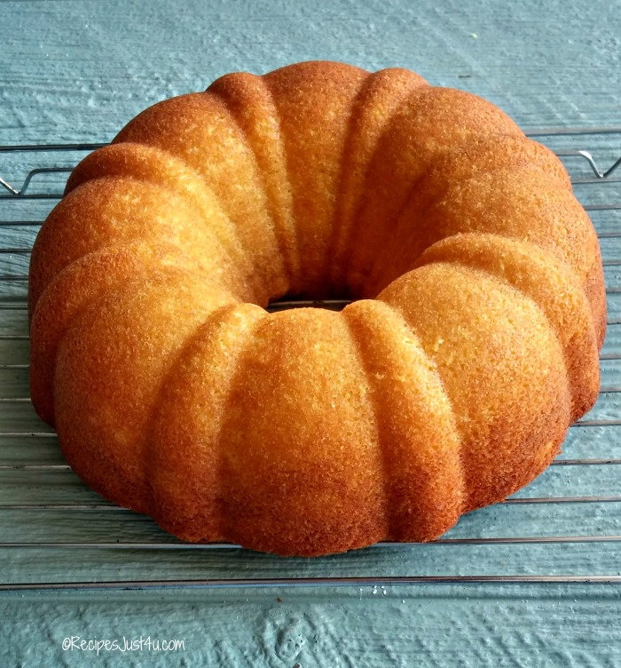 This lemon pudding bundt cake is ready to cook.
