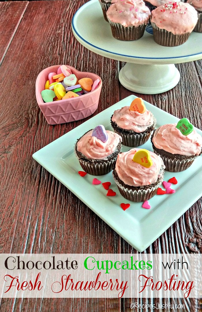 These chocolate cupcakes have a lovely fresh strawberry buttercream frosting. Super easy to make and so, so tasty! recipesjust4u.com