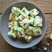 Easy Pistachio Fudge