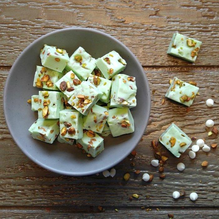 Easy Pistachio Fudge Recipe