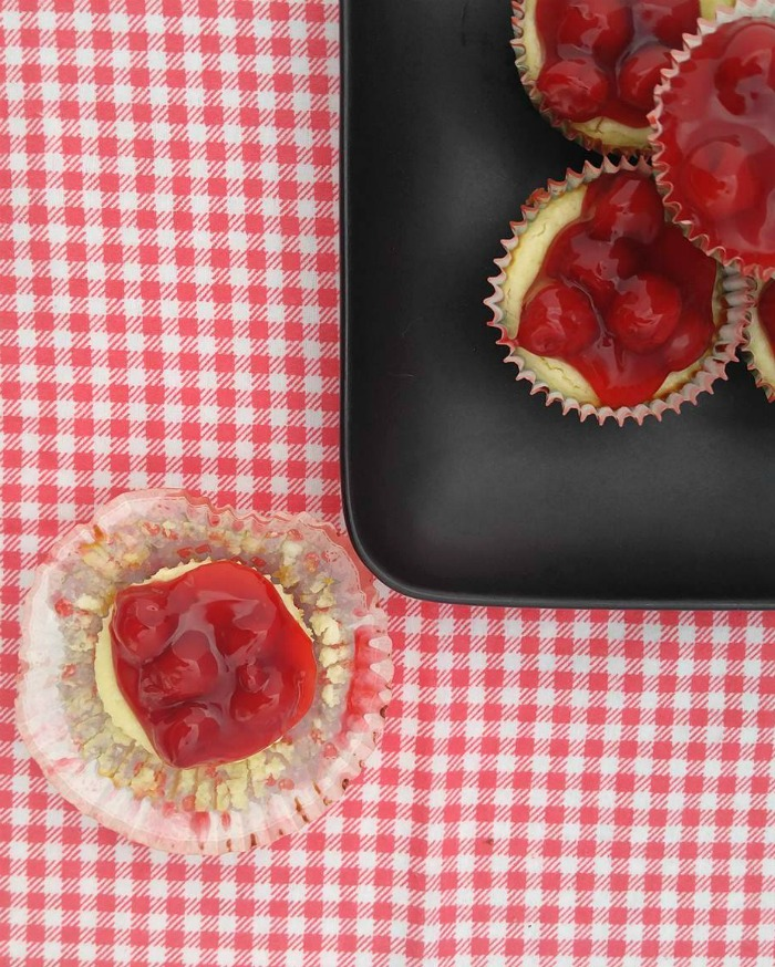 Delicious Mini cherry cheesecake cupcakes