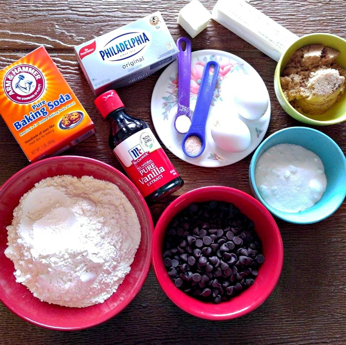 Ingredients for the chocolate chip cheesecake bars