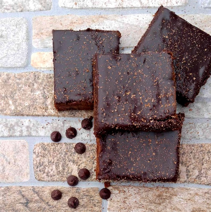Bailey's Irish Cream Brownies with Chocolate Ganache