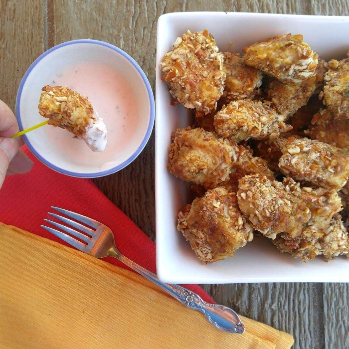 Pretzel crusted chicken tenders with dipping sauce
