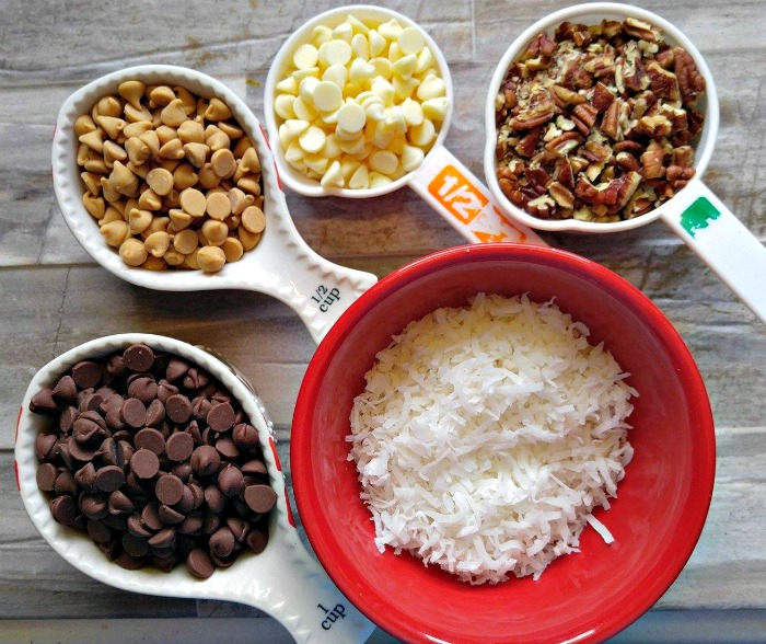 Ingredients for magic bars
