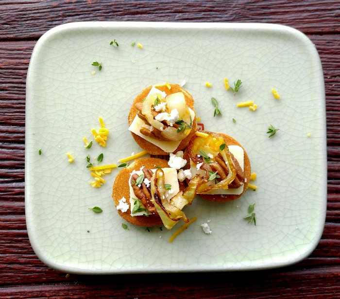 Caramelized onion appetizers