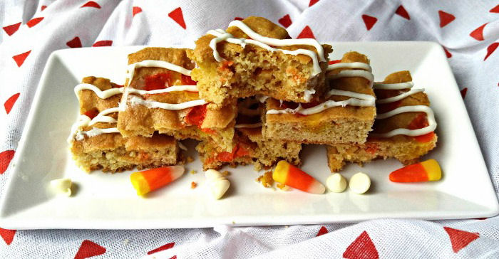 Take a bite of these candy corn blondies
