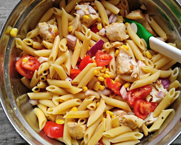 Pasta, veggies and chicken