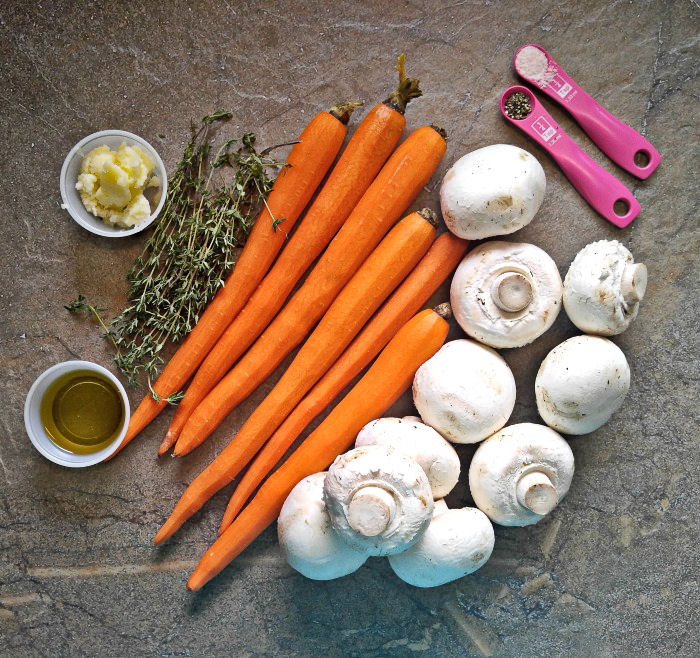 ingredients for the Roasted carrots and mushrooms
