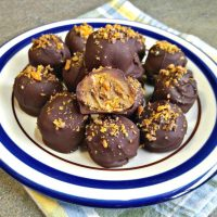 Butterfinger Truffles - Chocolate Bites with Butterfinger Candy