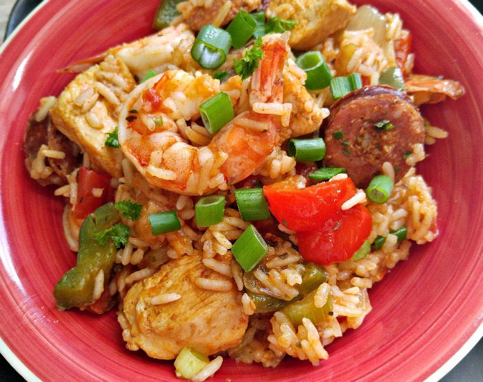 What a tasty One pot jambalaya this is!