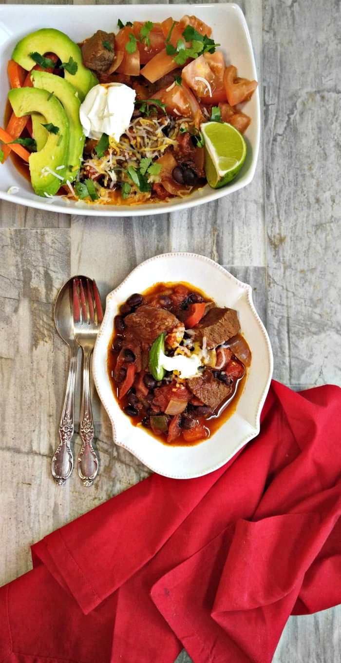 This steak fajita chile recipe brings out the best of both Mexican traditional favorites.