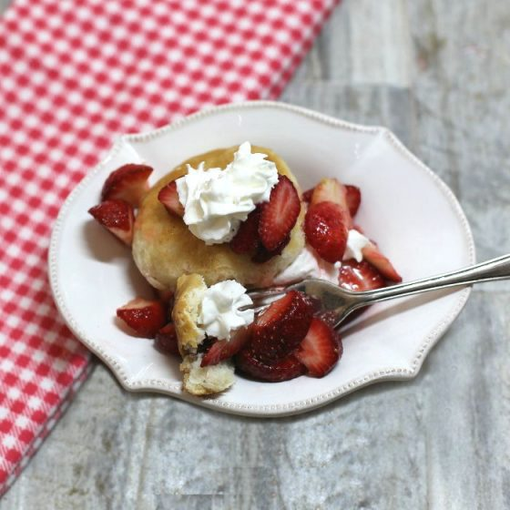 Individual strawberry shortcake