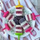 Plate of layered pudding pops