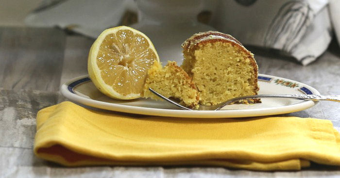 Cake Recipes With Glaze Icing: Lemon Pudding Bundt Cake Recipe With A Lemon Glaze Icing