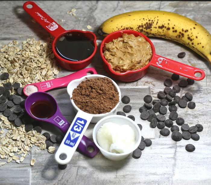 Ingredients for these no bake peanut butter chocolate cookies