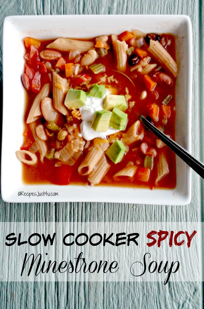 Slow Cooker Spicy Minestrone Soup