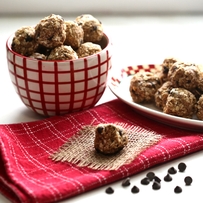 No bake peanut butter balls for a great healthy snack. Only 3 WW points!