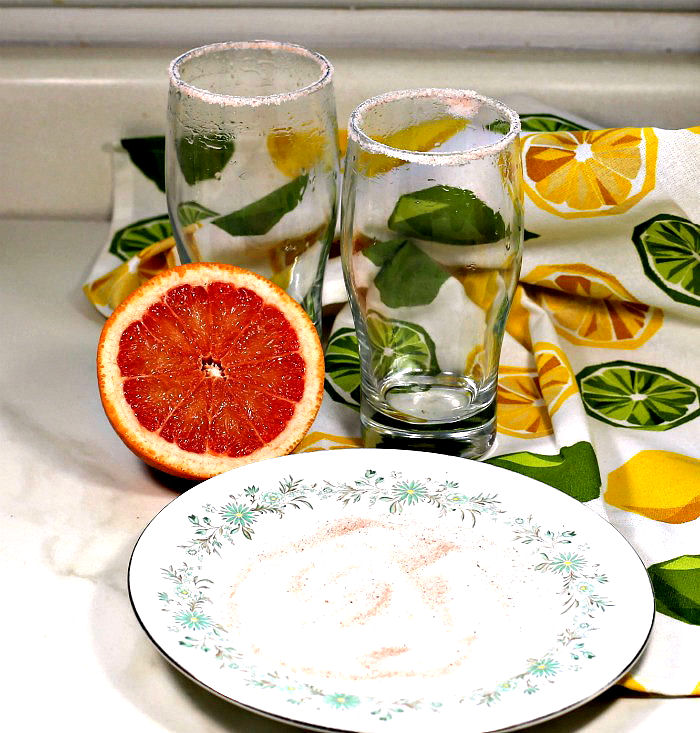 Sea salt on a glass with grapefruit
